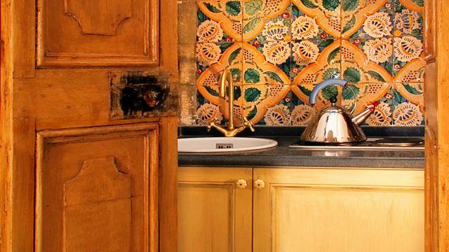 Vivaldi-hotel-Rome-suite-kitchen-02