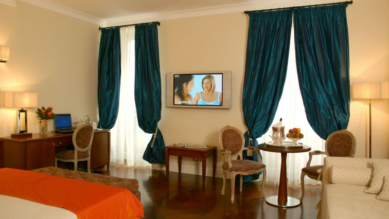 Hotel-Vivaldi-Roma-camera-elegance-07