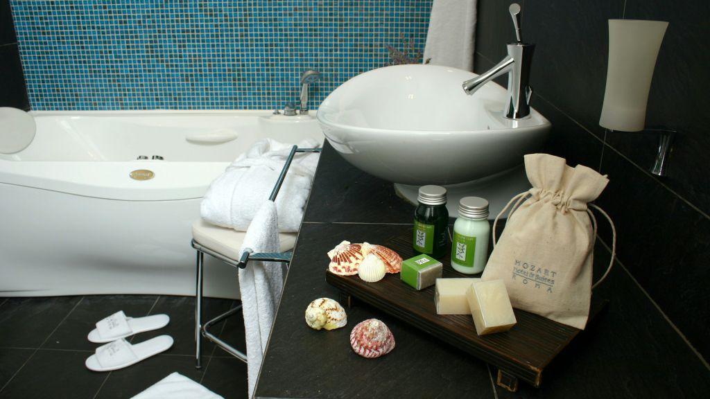 Vivaldi-Hôtel-Rome-Chambre-Salle de bains-prestige-01