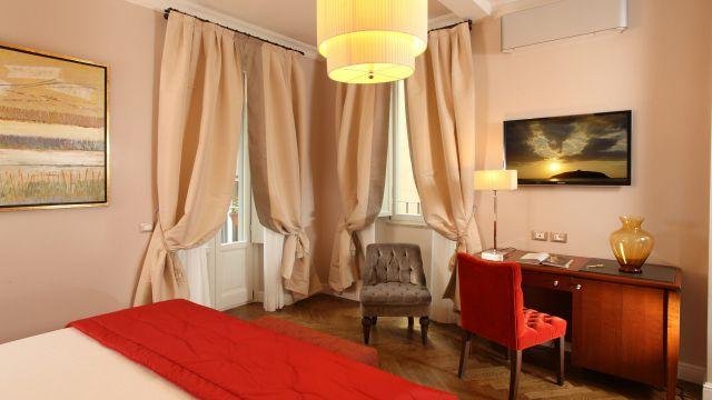 Vivaldi-Hôtel-Rome-Chambre-elegance-14