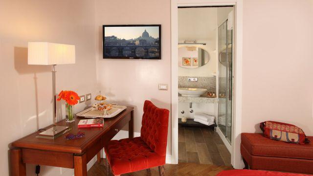 Vivaldi-Hotel-Rome-Room-elegance-16