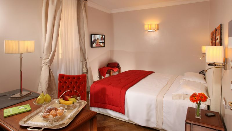 Vivaldi-Hotel-Rome-Room-elegance-09